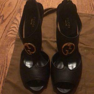 Gucci 1973 Logo heels